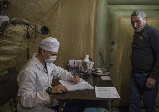 الأطباء الروس يستقبلون مرضى من ستيباناكيرت في منطقة قره باغ، 1 ديسمبر 2020