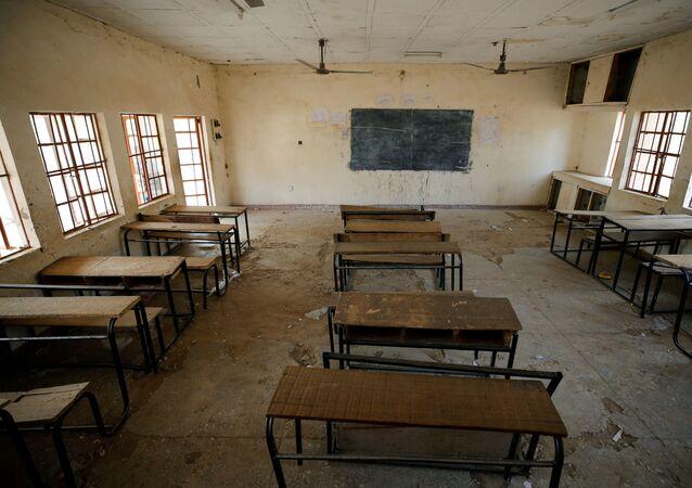 مدرسة في مدينة دابتشي في ولاية يوبي نيجيريا