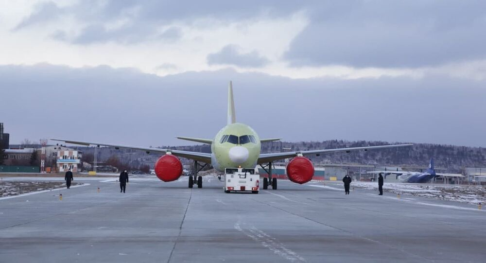 أول رحلة جوية لطائرة من طراز  MS-21 مزودة بمحرك  PD-14 الروسي