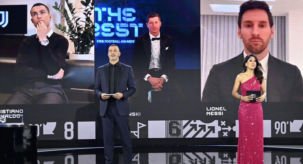روبرت ليفاندوفسكي بجائزة أفضل لاعب في العالم لعام 2020