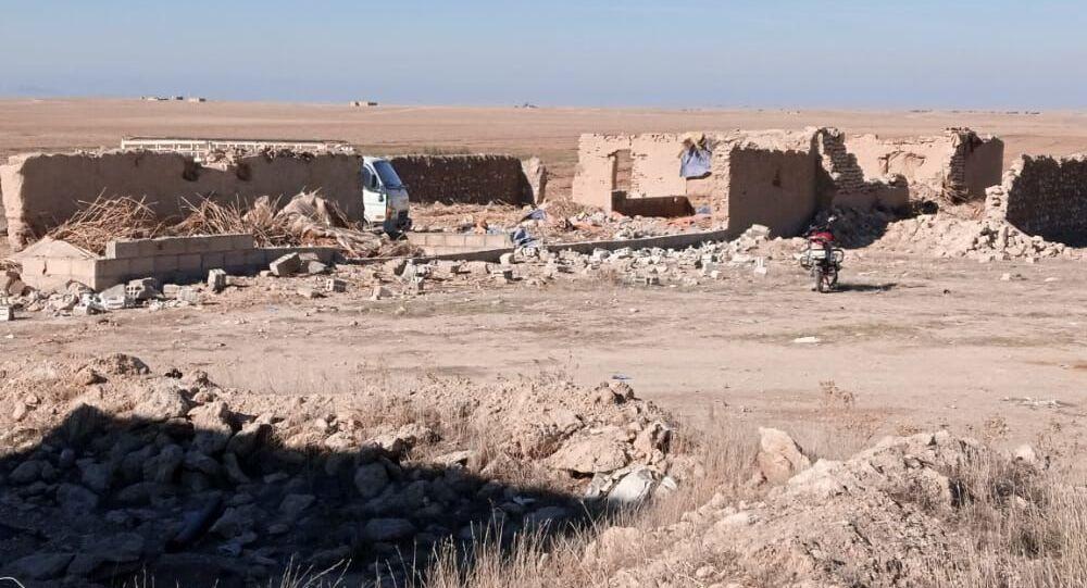 تجريف مئات المنازل وتهجير سكانها بمحيط قاعدة للجيش الأمريكي شرقي سوريا