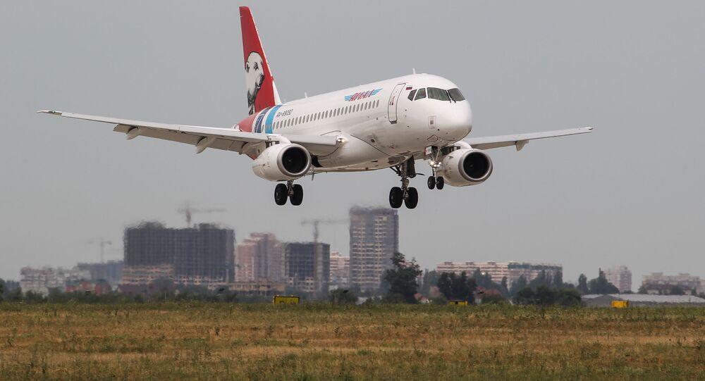 طائرة إس إس جي - 100