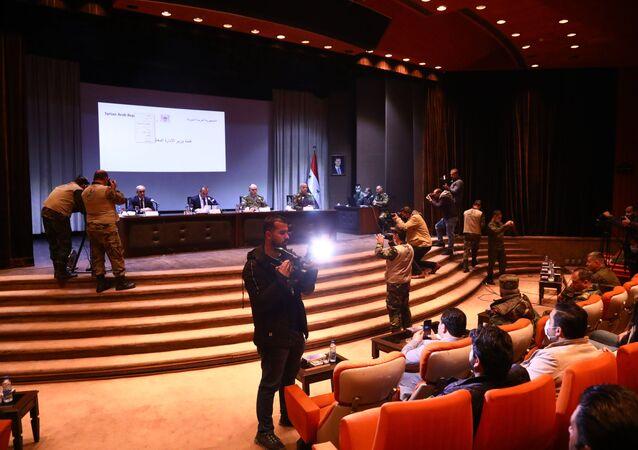 لقاء عسكري روسي سوري لمتابعة توصيات مؤتمر عودة اللاجئين