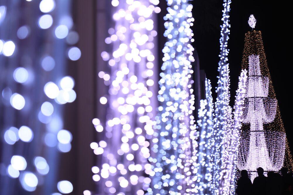 زينة عيد الميلاد و رأس السنة في دمشق، سوريا ديسمبر 2020