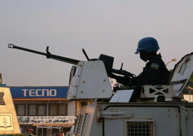 حاملة أفراد مصفحة تابعة لبعثة الأمم المتحدة المتواجدة في جمهورية أفريقيا الوسطى من أجل تحقيق الاستقرار