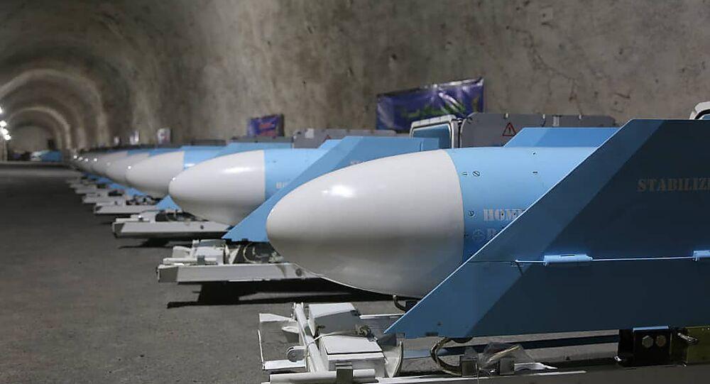 الحرس الثوري الإيراني يكشف قاعدة صواريخ بحرية تحت الأرض على طول ساحل الخليج