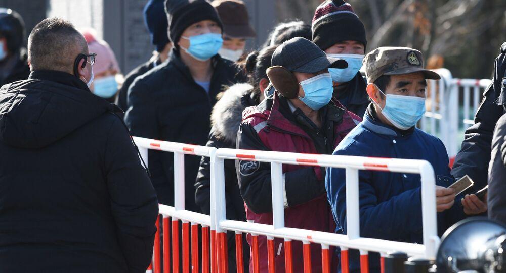 حملة الكشف عن فيروس كورونا واسعة النطاق في بكين، بسبب موجة جديدة لحالات الإصابة كوفيد-19 في الصين 11 يناير 2021