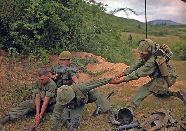 تدريبات عسكرية في فيتنام