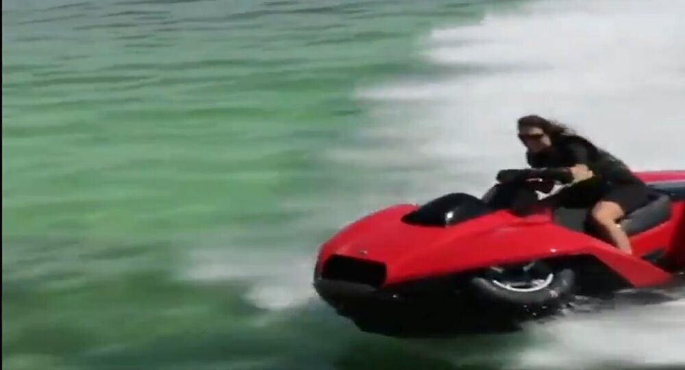 مركبات رياضية برمائية
