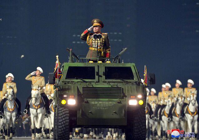العرض العسكري بمناسبة المؤتمر الثامن لحزب العمال الكوري في بيونغ يانغ، كوريا الشمالية  14 يناير 2021