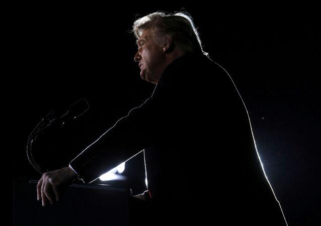 الرئيس الأمريكي، دونالد ترامب، 4 يناير 2020