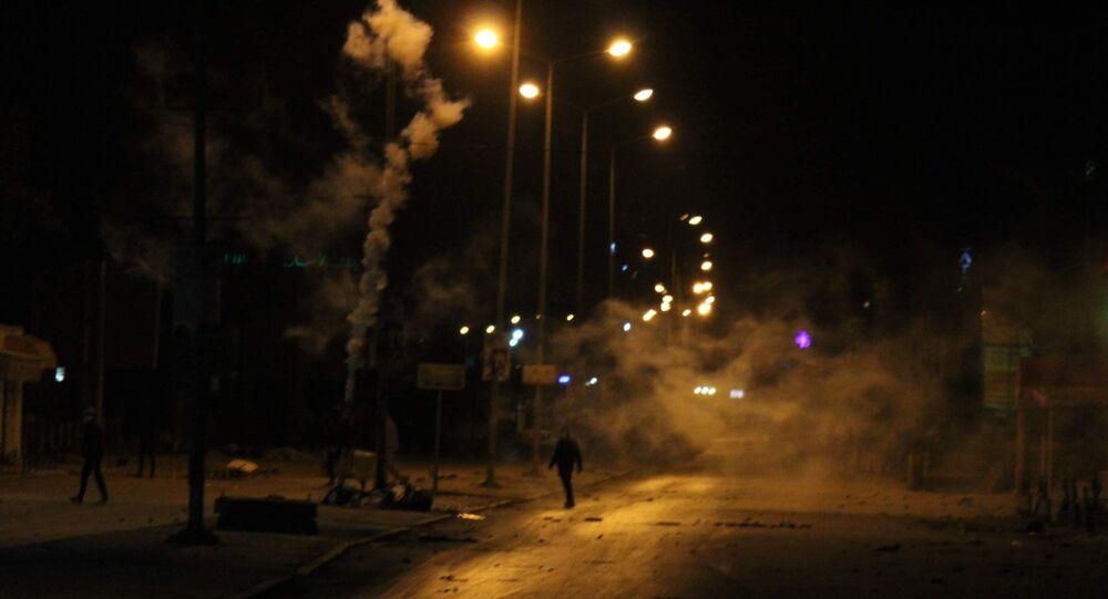 اشتباكات في حي الانطلاقة بالعاصمة تونس