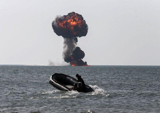 مناورات الاقتدار 99 للقوة البرية للجيش الإيراني في سواحل مكران جنوبي شرق إيران، 19 يناير 2021