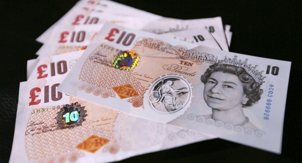 أوراق نقدية بريطانية الجديدة مصنوعة من مادة البوليمر