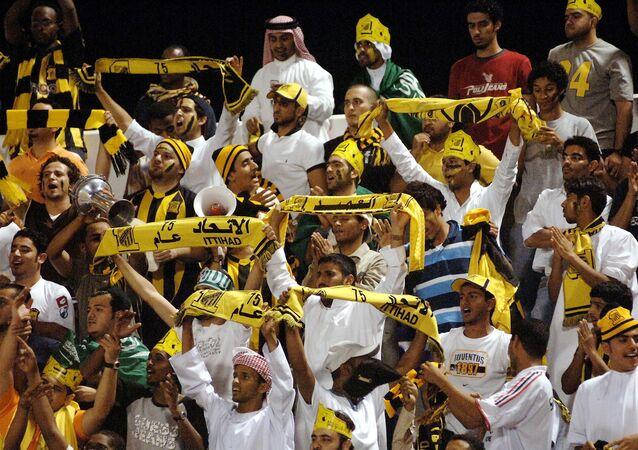 مشجعو فريق الاتحاد السعودي لكرة القدم