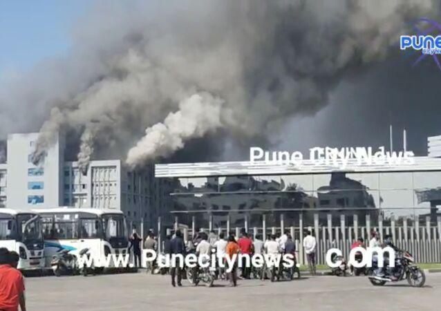 اندلاع حريق في أكبر معهد لإنتاج اللقاحات في العالم، الهند 21 يناير 2021