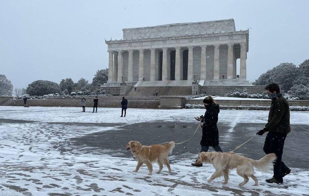 عاصفة ثلجية ضخمة في واشنطن، الولايات المتحدة الأمريكية 1 فبراير 2021