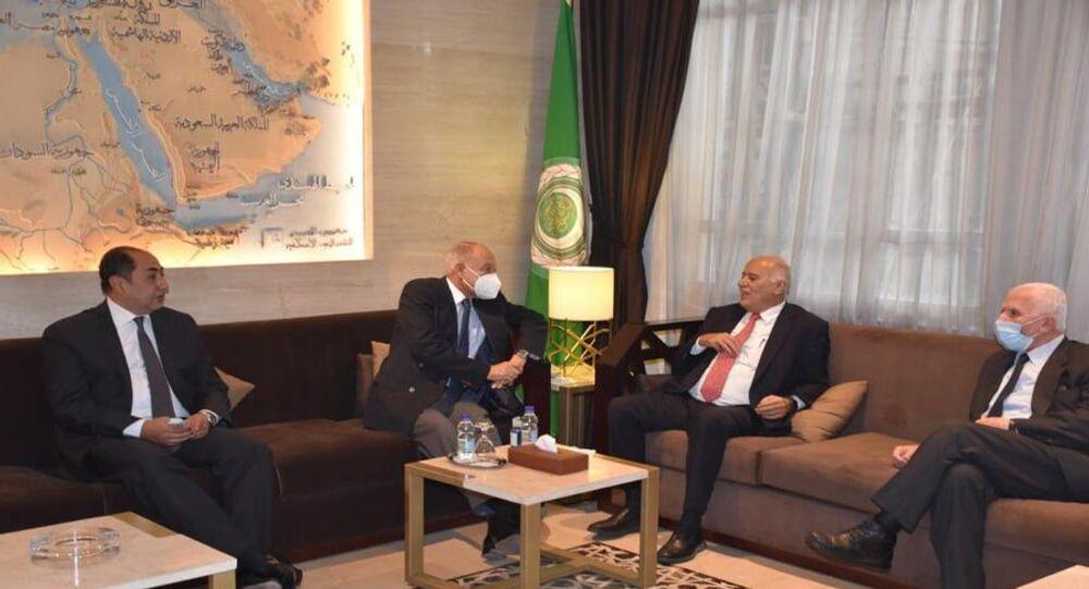 أحمد أبو الغيط، الأمين العام لجامعة الدول العربية يستقبل جبريل الرجوب، أمين سر اللجنة المركزية لحركة فتح.