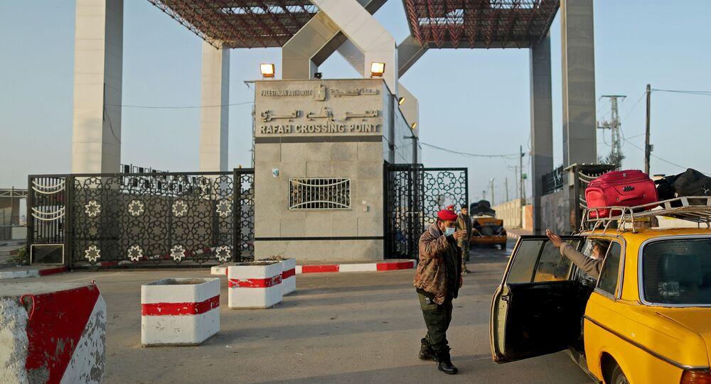 السلطات المصرية تعلن افتتاح معبر رفح إلى أجل غير مسمى، رفح، جنوب قطاع غزة، فلسطين 11 فبراير 2021