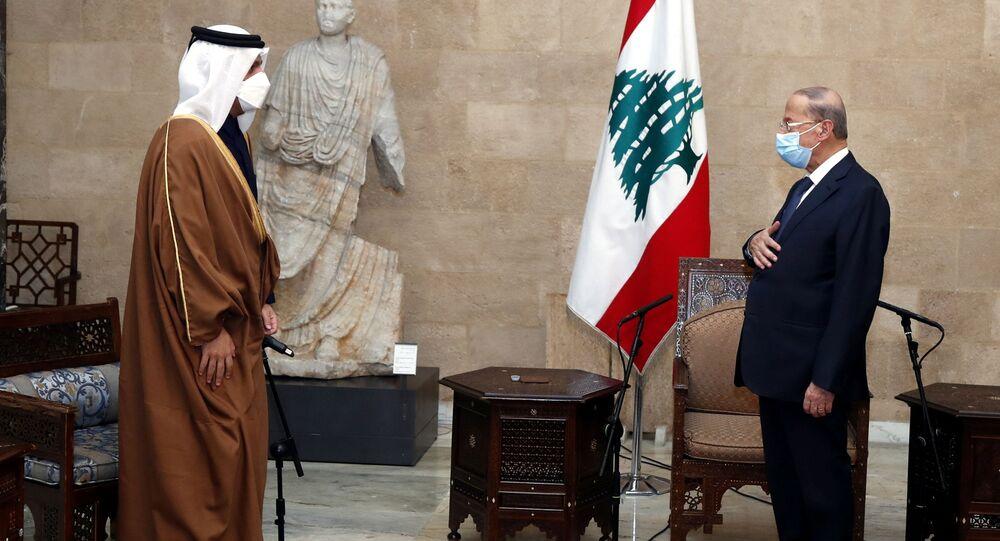 الرئيس اللبناني ميشال عون يستقبل وزير الخارجية القطري الشيخ محمد بن عبد الرحمن آل ثاني في بيروت، لبنان 9 فبراير 2021
