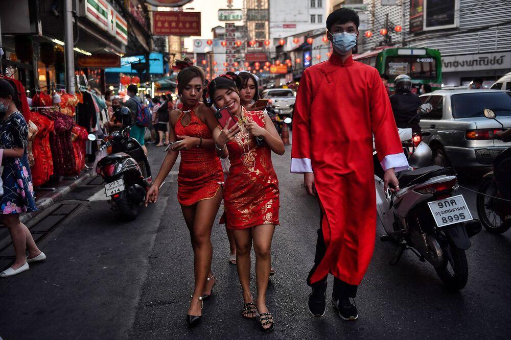 احتفالات حول العالم برأس السنة الصينية (القمرية) الجديدة - مدينة بانكوك، تايلاند 11 فبراير 2021