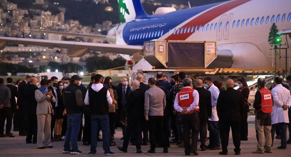 وصول الجرعات الأولى من لقاح فايزر إلى لبنان