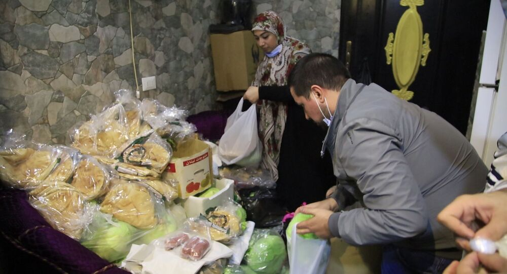 طبخة مبادرة رمزية لمساعدة الأسر ما دون خط الفقر في لبنان