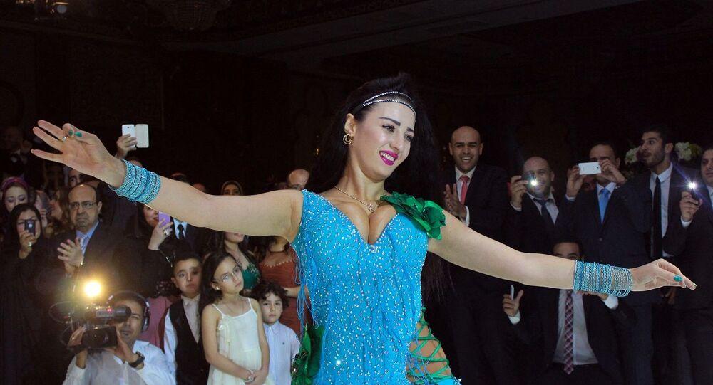 الراقصة الأرمينية المقيمة في مصر، صوفينار
