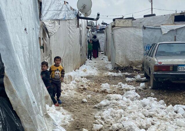 اللاجئين السوريين في مخيمات لبنان