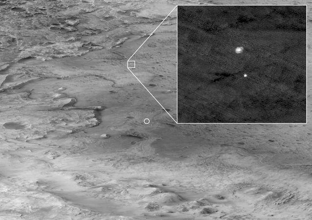 صور التقطتها مركبة ناسا أثناء الهبوط على المريخ