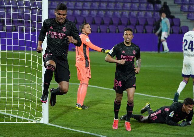 كاسيميرو يسجل هدف الفوز بمرمى بلد الوليد