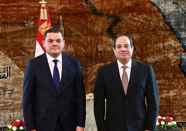 رئيس حكومة الوحدة الوطنية الليبية عبد الحميد الدبيبة مع الرئيس المصري عبد الفتاح السيسي