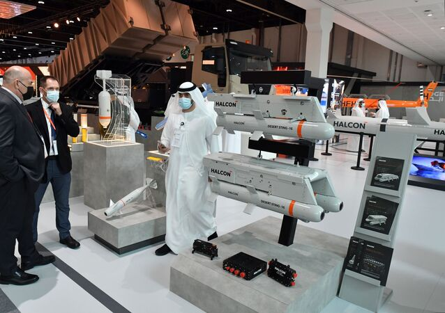 صواريخ دفاع جوي تنتجها شركة فالكون الإماراتية في آيديكس 2021