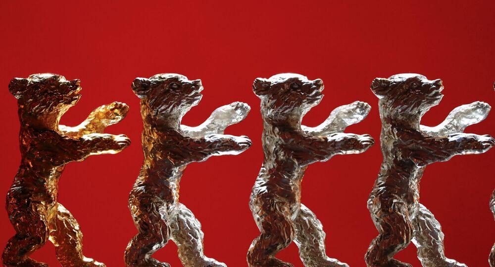 الدب الذهبي الجائزة الرئيسية في مهرجان برلين السينمائي الدولي
