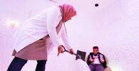 العلاج بالملح في مركز «أوبال» للعلاج بالملح في بنغازي (ويطلق عليه أيضا اسم كهف أوبال)، ليبيا 19 فبراير 2021