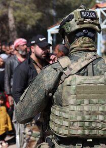 وحدات الجيش الروسي يقدم مساعدات إنسانية لمئات العائلات المهجرة في رساس، جنوبي سوريا، 1 مارس 2021