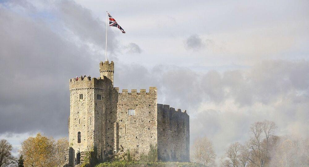 قلعة كارديف عاصمة ويلز البريطانية