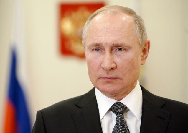 الرئيس الروسي فلاديمير بوتين في مقره الرئاسي في نوفوغيرييفو، ضواحي موسكو، فبراير 2021