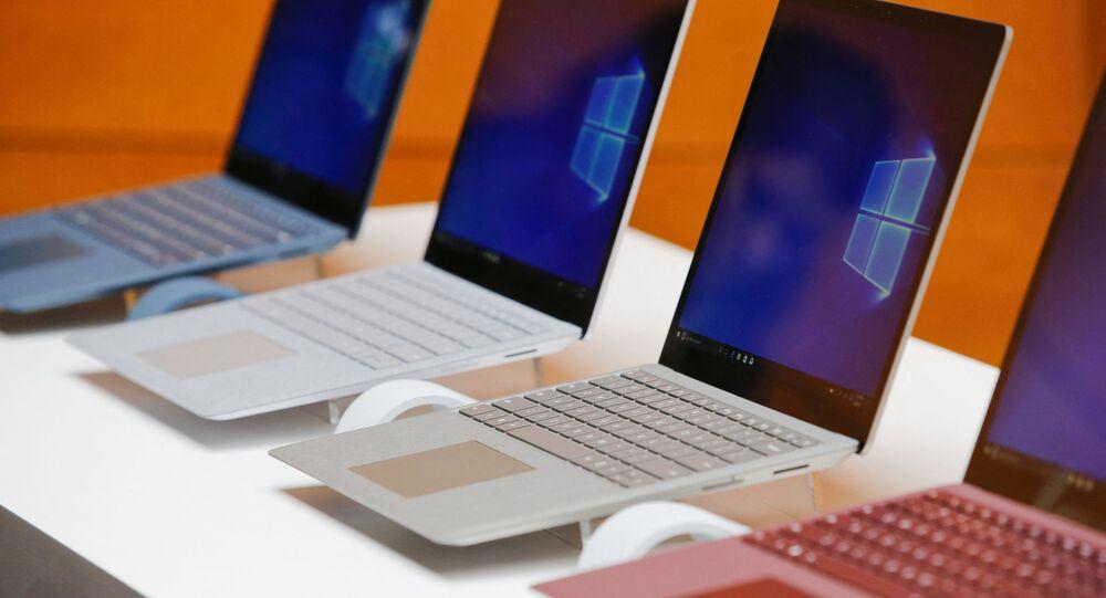 أجهزة حاسوب مزودة بنظام ويندوز 10