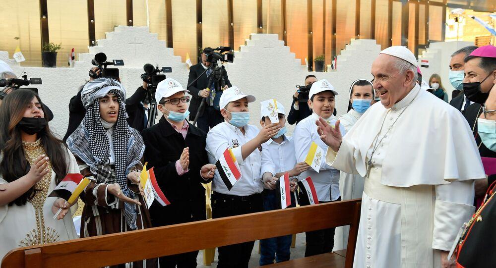 البابا فرنسيس، بابا الفتايكان، خلال زياته إلى العراق