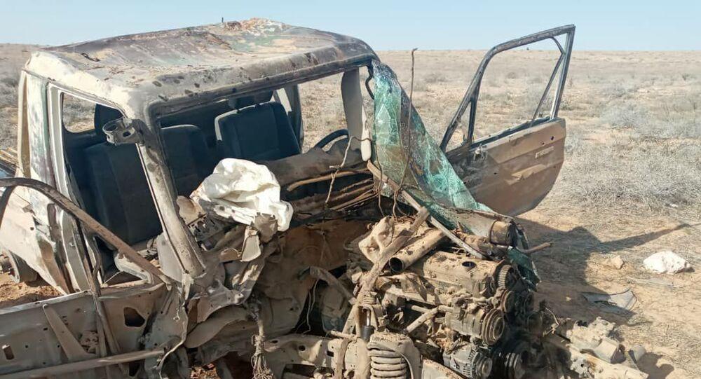 الجيش السوري يدمر سيارة بما فيها من (دواعش) في البادية