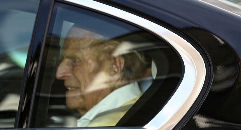 الأمير البريطاني فيليب يغادر مستشفى الملك إدوارد السابع في لندن، بريطانيا، 16 مارس/ آذار 2021