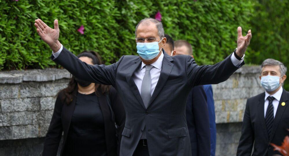 وزير الخارجية الروسي، سيرغي لافروف يزور الصين