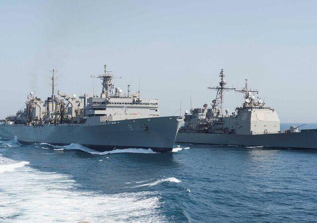 سفن حربية أمريكية في الخليج
