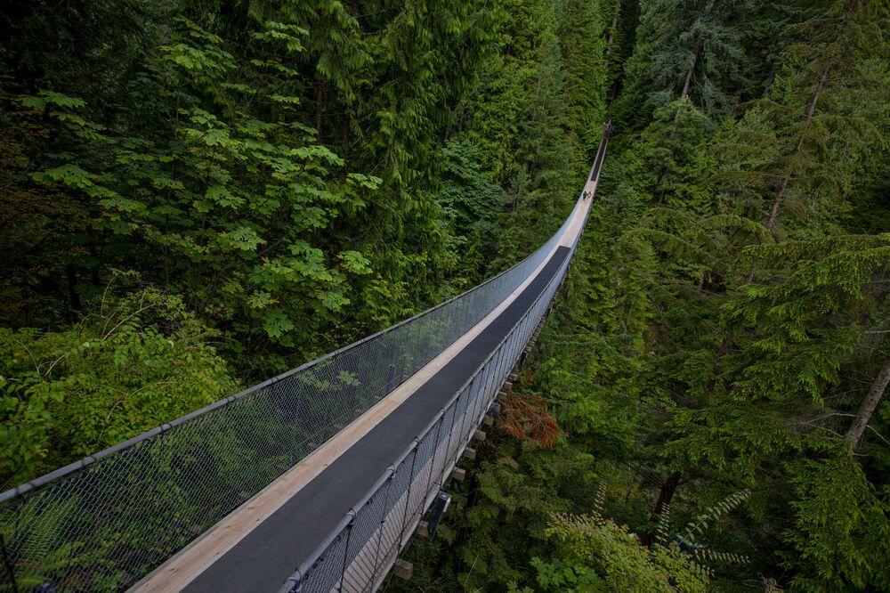 الجسر المعلق كابيلانو في كندا