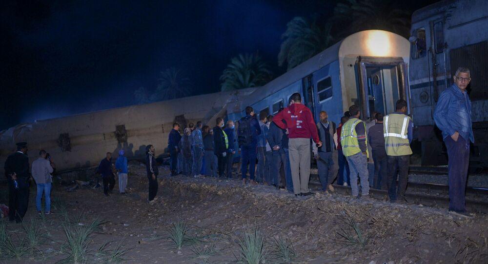حادث اصطدام قطارين في محافظة سوهاج جنوبي مصر