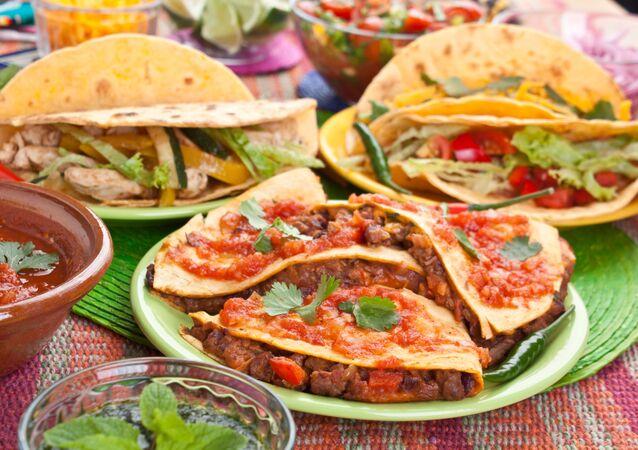 طعام مكسيكي تقليدي تاكو