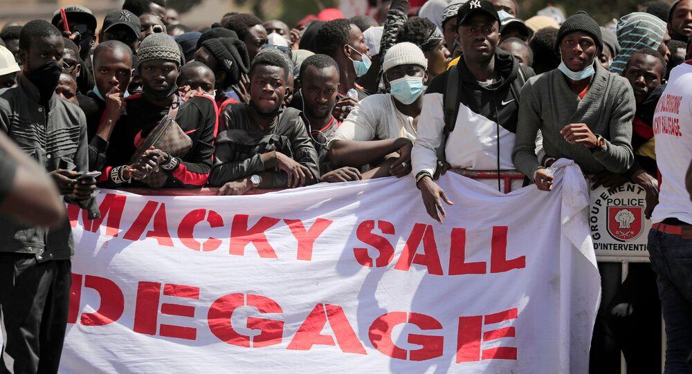 مظاهرة أمام المحكمة في داكار، السنغال