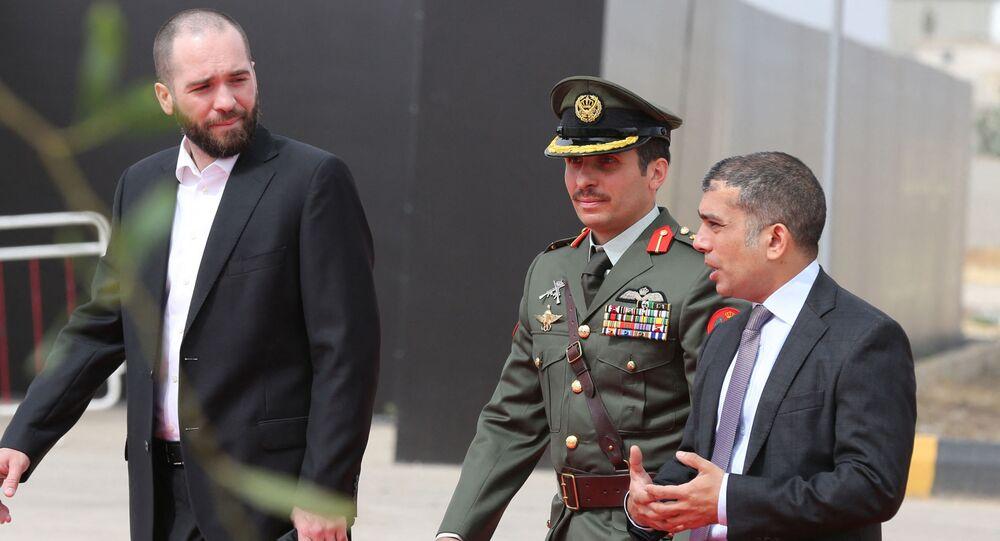 ولي العهد الأردني السابق الأمير حمزة بن الحسين