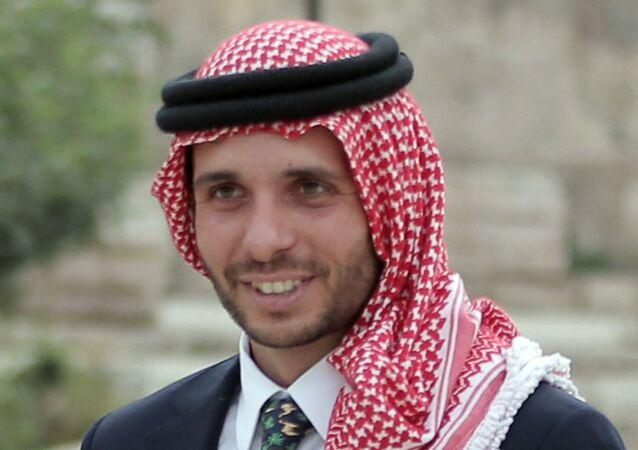 أرشيف - ولي العهد الأردني السابق الأمير حمزة، 2015